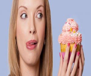 Τόσον καιρό, πιθανόν πιστεύετε ότι η μεγάλη κατανάλωση φαγητού είναι η αιτία συγκέντρωσης λίπους στην κοιλιά σας. Αυτό μπορεί να αληθεύει, αλλά μια έρευνα υποδεικνύει ότι ενδεχομένως το στομάχι αποτελεί αιτία και όχι αποτέλεσμα του προβλήματος.