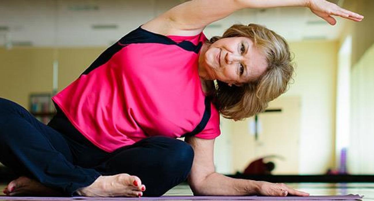 Oι γιατροί θα πρέπει να συνιστούν άνθρωποι με ελαφρά νοητική εξασθένηση να ασκούνται τακτικά, έδειξε επισκόπηση.  Νέες οδηγίες της American Academy of Neurology υποδεικνύουν ότι η άσκηση 2 φορές την εβδομάδα μπορεί ενδεχομένως να βελτιώσει τις νοητικές ικανότητες και τη μνήμη ανθρώπων με ελαφρά νοητική εξασθένηση.