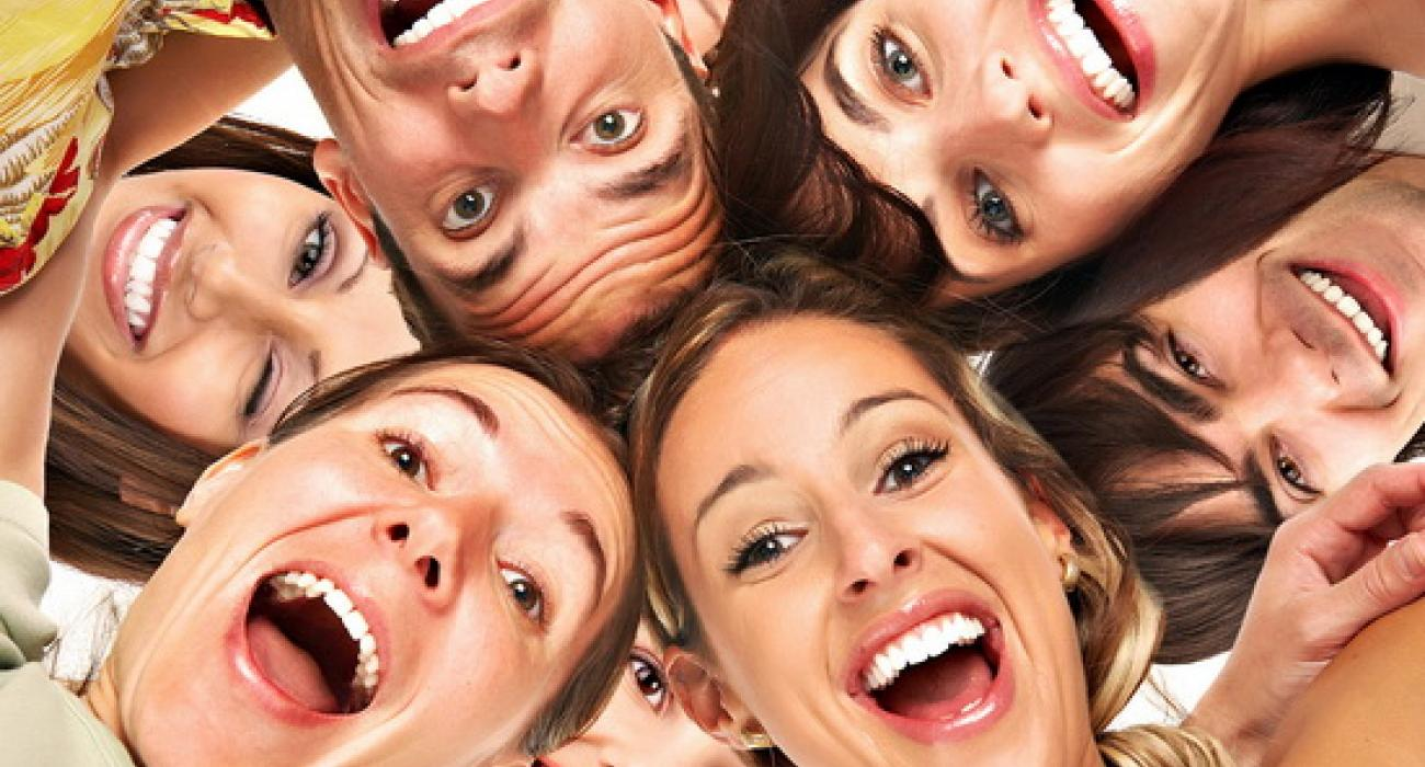 Γέλιο  Το καθημερινό μας φάρμακο δια πάσα νόσο  bb13f9f3494